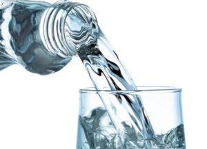 Kristalle züchten destilliertes Wasser